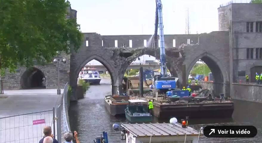 Destruction du Pont des Trous